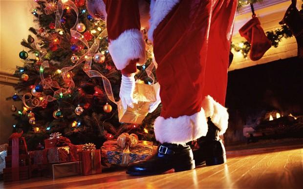 Father-Christmas_2388754b